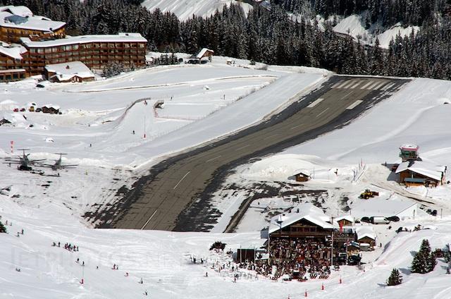 Courchevel aeropuerto pistas de aterrizaje