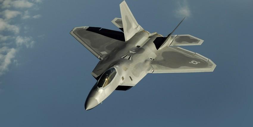 Aviones render, no sabrás si son aviones de combate reales o ficticios.