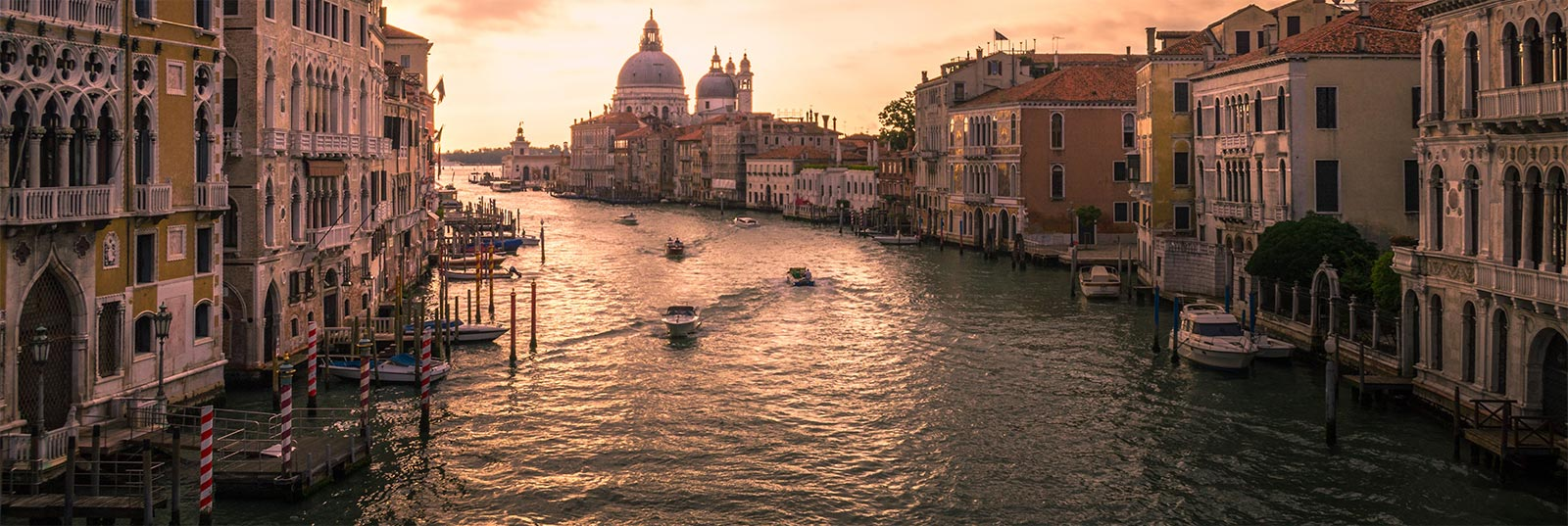volar a venecia desde sevilla