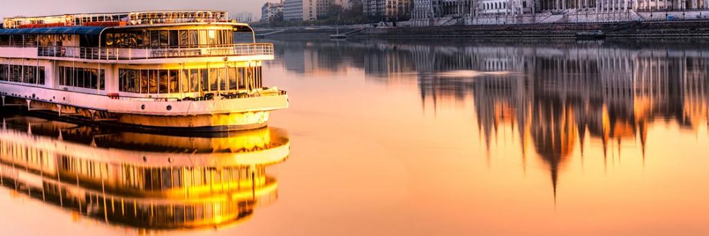 Danubio en barco Viajar a Budapest