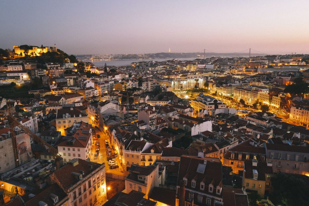 vuelos directos desde sevilla a Portugal