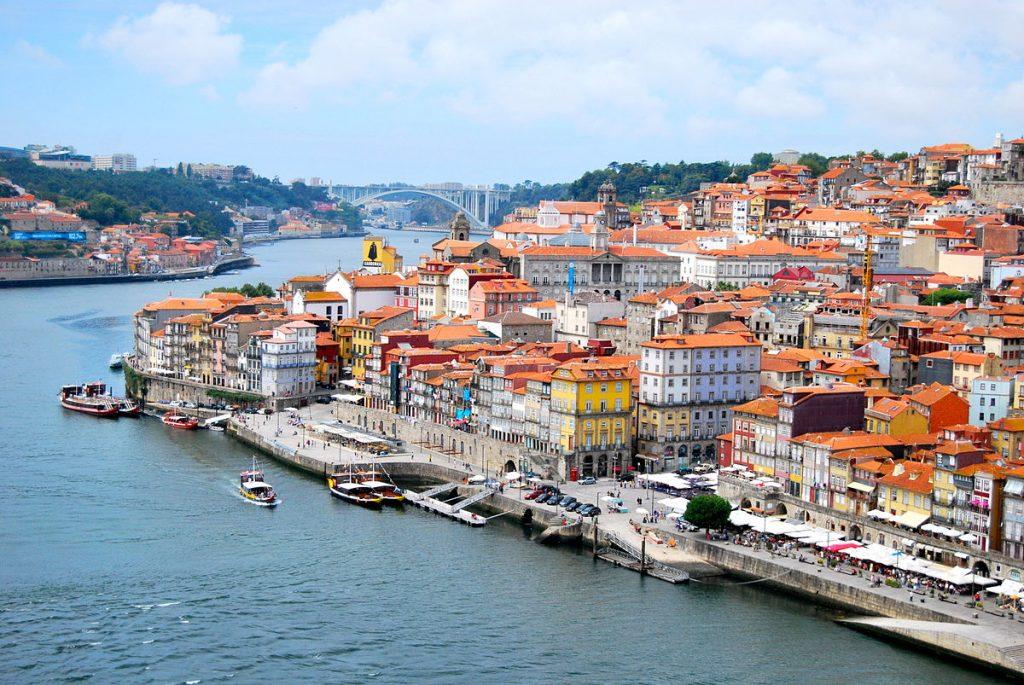 vuelo directos desde Sevilla: qué ver en Oporto