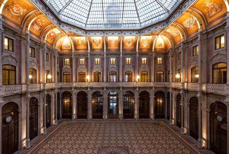 qué ver en Oporto: Palacio de la Bolsa